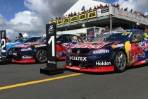 Whincup takes early honours