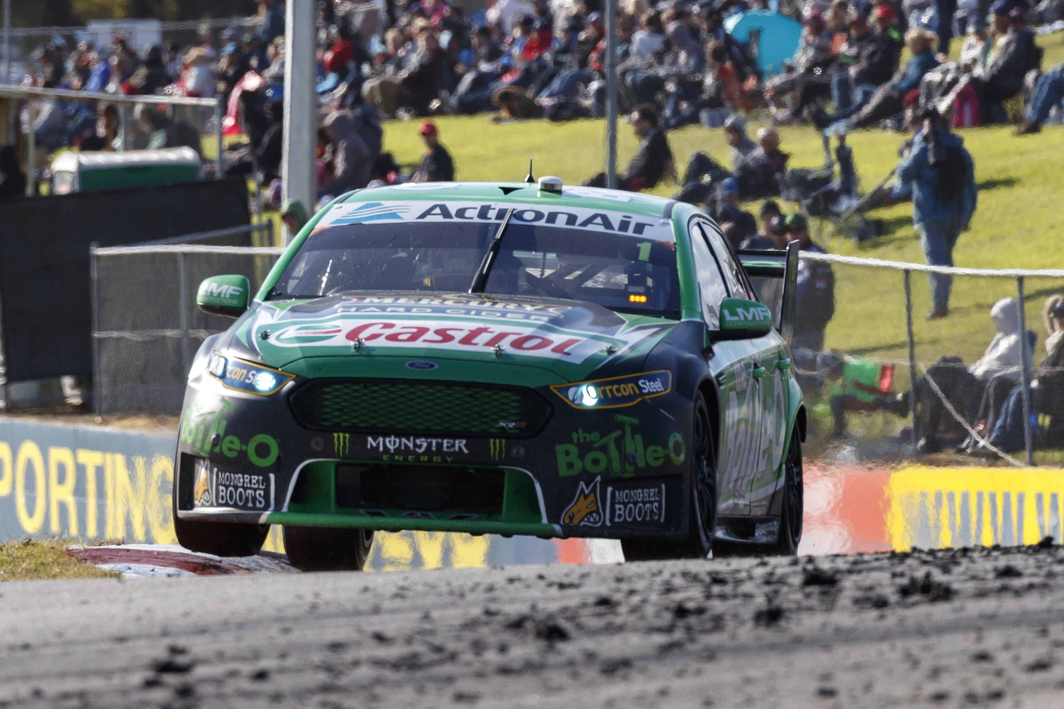 Mark Winterbottom of Prodrive Racing Australia wins the Perth SuperSprint,  at the Barbagallo Raceway, Wanneroo, Western Australia, May 08, 2016.
