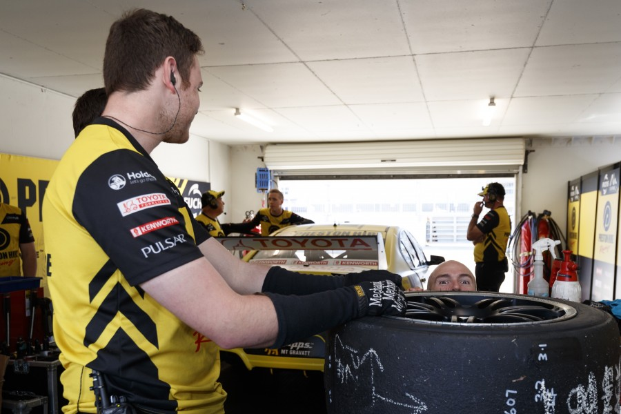 Lee Holdsworth of Preston Hire Racing during the Perth SuperSprint,  at the Barbagallo Raceway, Wanneroo, Western Australia, May 05, 2017.