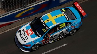 McLaughlin's strong start to finale