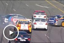 Adelaide Moments: Trouble at Turn 8 in 2004