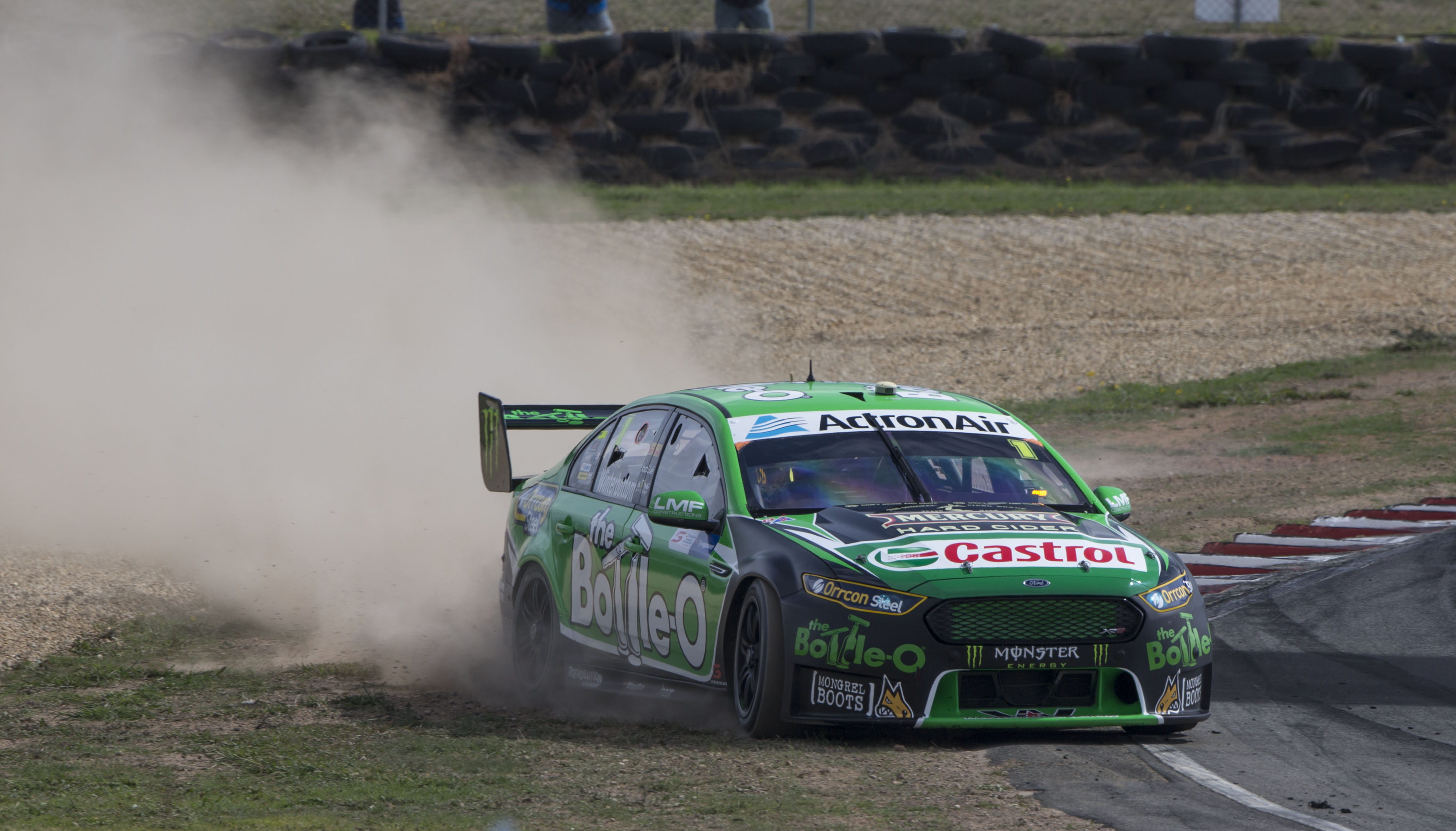Mark Winterbottom off Tasmania practice 2 2016