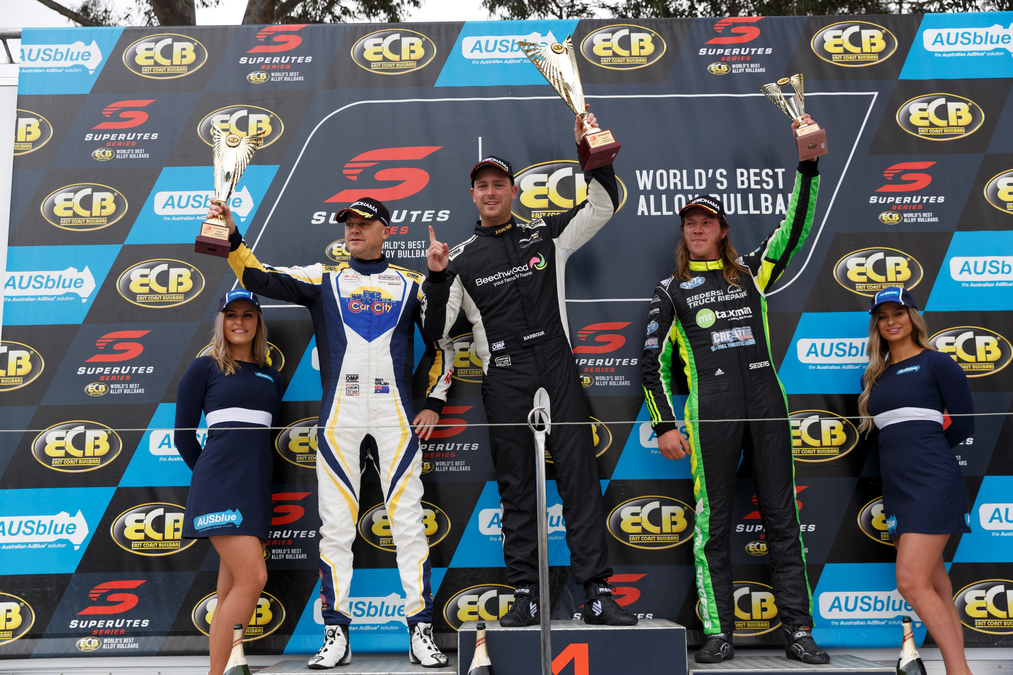 Barbour wins Race 3 and Sandown SuperUtes round | Supercars
