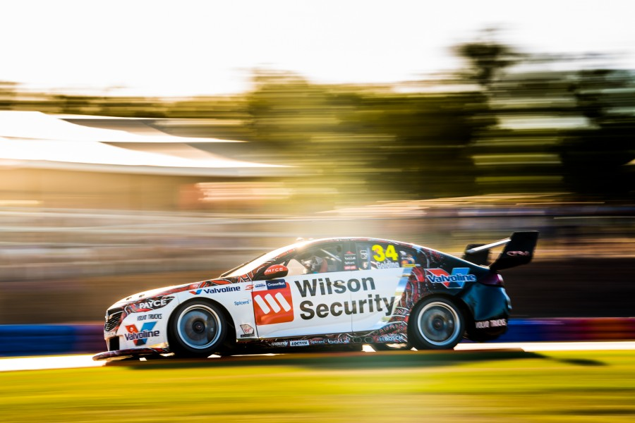 2018 Supercars Championship Round 7. Darwin Triple Crown, Hidden Valley Raceway, Hidden Valley, Darwin, Northern Territory, Australia. Friday 15th June to Sunday 17th June 2018. World Copyright: Daniel Kalisz Photographer Ref: Digital Image DSC_3855.NEF