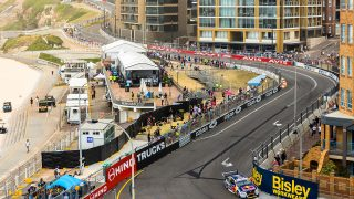 Whincup edges Waters in Practice 2