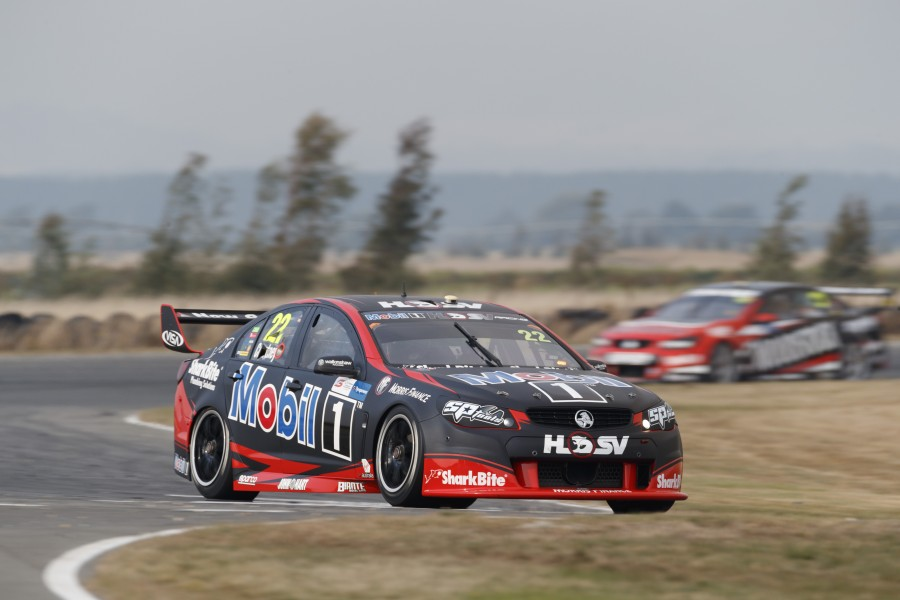 James Courtney of Walkinshaw Racing during the Tyrepower Tasmania SuperSprint,  at the Symmons Plains Raceway, Launceston, Tasmania, April 07, 2017.