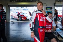 De Silvestro penalised over qualifying incident