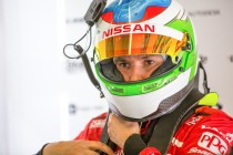 De Silvestro frustrated by female-driver debate