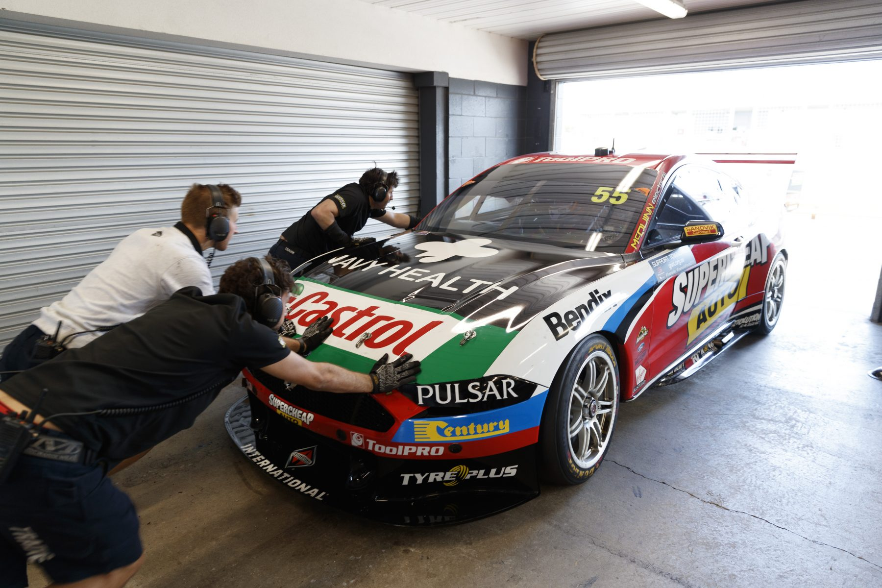 Build A Mustang >> Edwards Hails Mighty Mustang Build Effort Supercars