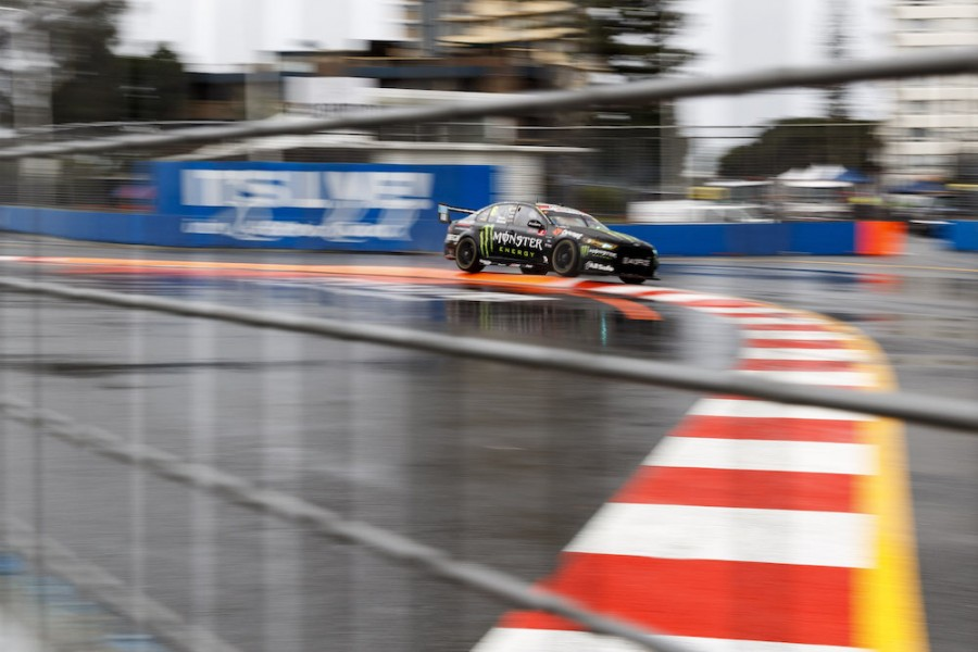 Stanaway shone in the wet during the PIRTEK Enduro Cup