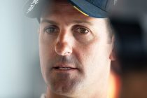 Shift issue hampered Whincup's weekend