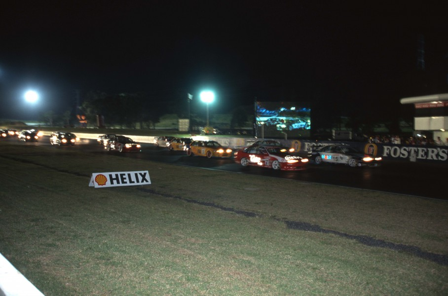 The field ready to set off for Race 3