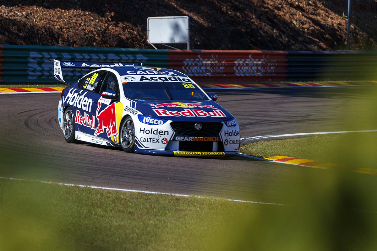 Whincup had cracked chassis at Hidden Valley | Supercars