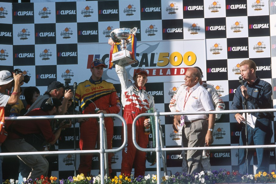 Holden Racing Team, 2001
