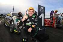 Lowndes ends winless run in Tasmania