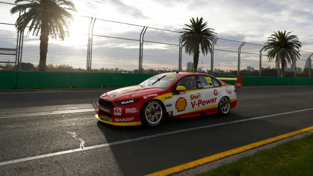Coulthard turns tables on McLaughlin in Race 2