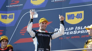 Jacobson wins final race