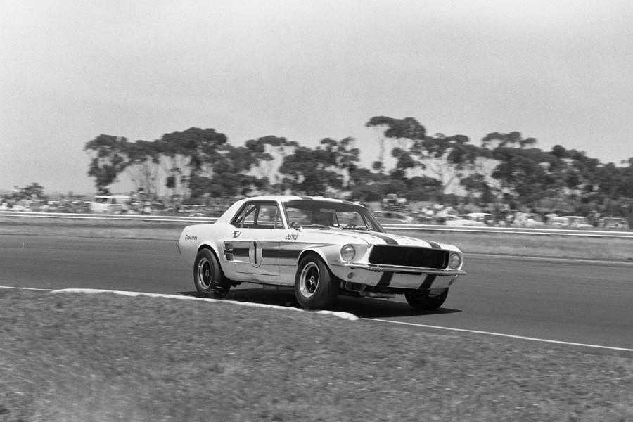 Geoghegan-Calder-1970-Mustang