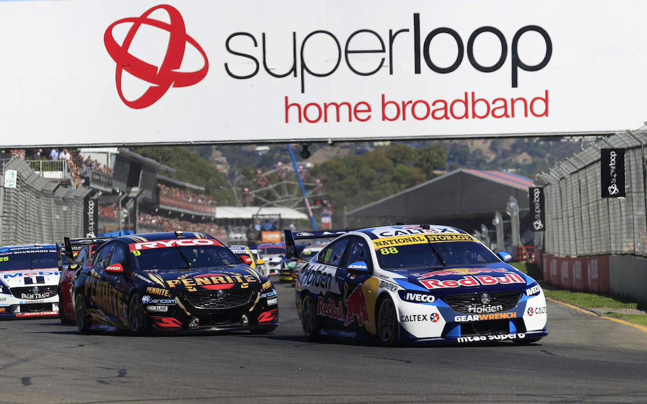 Whincup wins Adelaide 500 opener