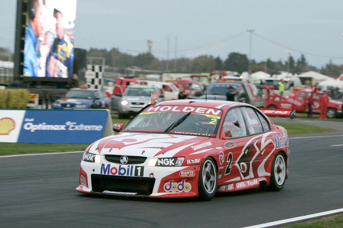 Holden-Win-300---Mark-Skaife---Holden-VZ-Commodore