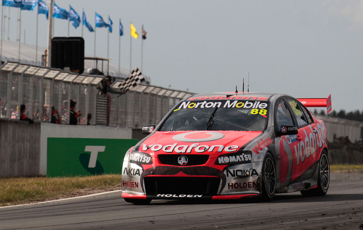 Holden-Win-400---Jamie-Whincup---Holden-VE-Commodore