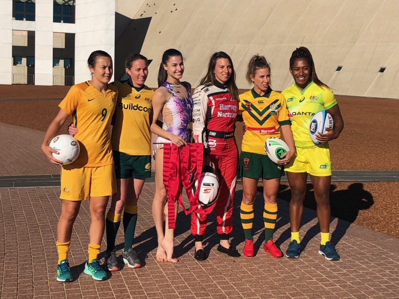 De Silvestro joined a host of female athletes for the event