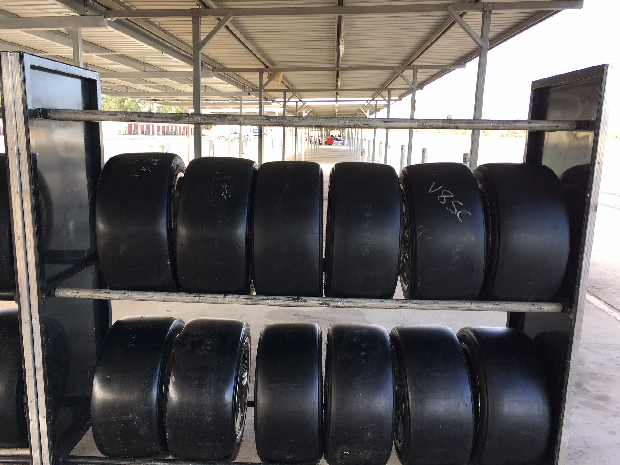 Tyre test QLD 2016 new compounds