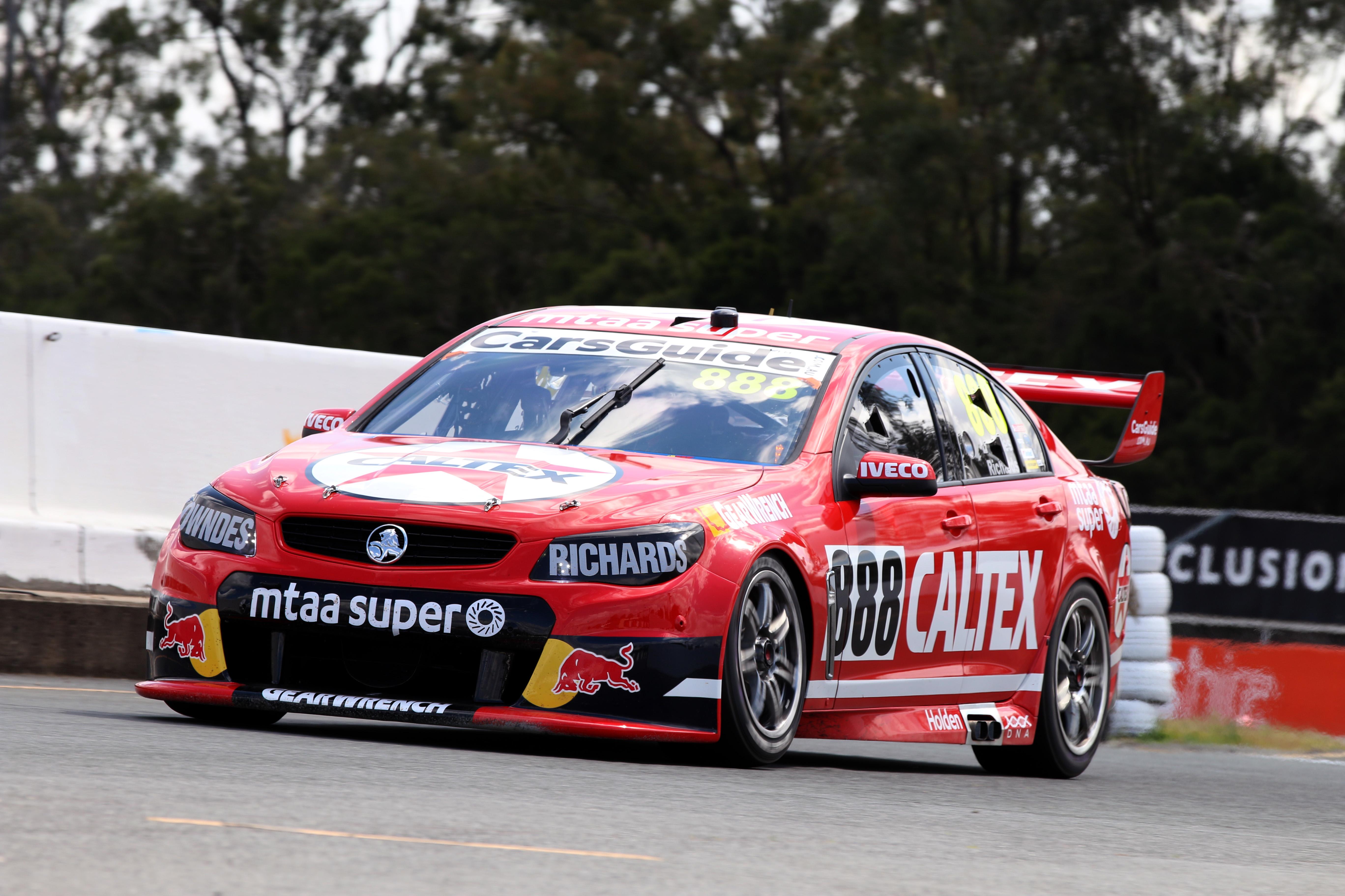 Craig Lowndes retro Queensland Raceway 2016
