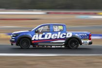 Richards fastest on SuperUte debut