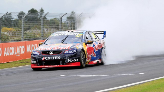 Whincup wins race, SVG takes prize