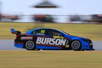 Dumbrell quickest in opening Super2 practice