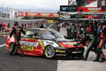 Mostert sets pace ahead of Shootout