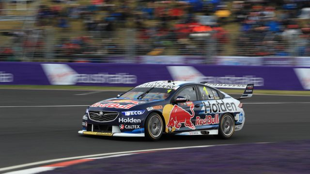 Whincup takes provisional Bathurst pole