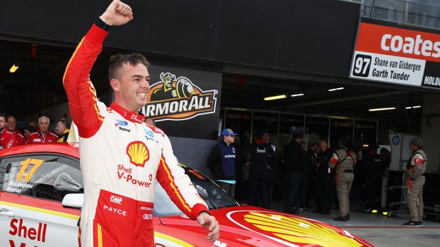Record lap nets McLaughlin Bathurst pole