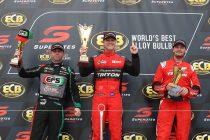 Crick wins Townsville SuperUtes finale, round