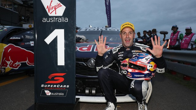 Whincup takes dominant Townsville win