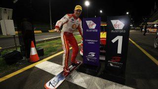 McLaughlin wins Sydney night race