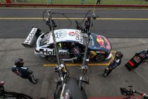 Whincup fastest in Sandown warm-up