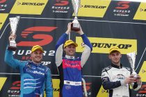 Fullwood takes Townsville Super2 double