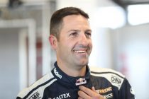 Whincup fastest in Practice 2, Mostert crashes