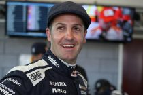 Whincup fastest in Sandown qualifying