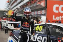 Whincup wins Newcastle season finale