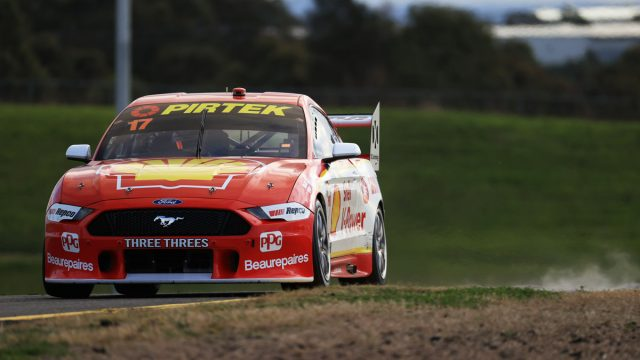 McLaughlin holds off Holdsworth in finale