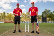 McLaughlin and Coulthard's cricket cameo