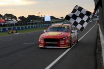 McLaughlin beats Whincup in Phillip Island fight