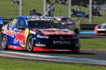 Dumbrell hands Whincup P1 start