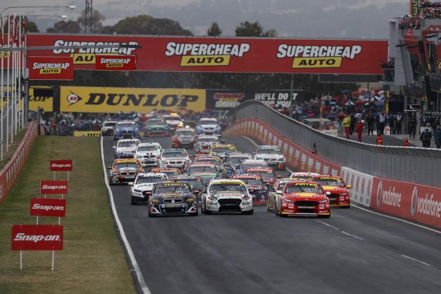 Race 20 Action-EV11-17-20654