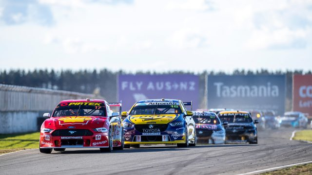 Symmons Plains secures new Supercars deal