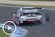 Whincup loses wheel after pitstop