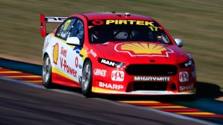 McLaughlin sizzles in final practice